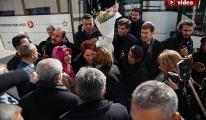 Meral Akşener,Elazığ'da  Çiçeklerle Karşılandı video