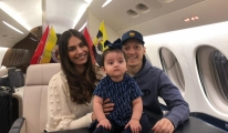Mesut Özil'i İstanbul'a getirecek uçak havalandı