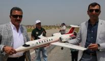 Model uçak ve helikopter gösterileri nefes kesti