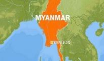 Myanmar'da Uçak Kayboldu