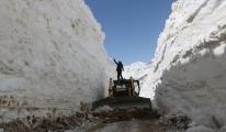 Nisanda 7 metre karla mücadele