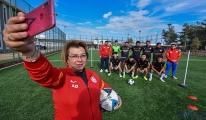 Oğlunun hayali için futbol kulübü kurdu