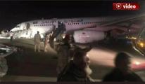 Onur Air uçağı burun üstü indi, aynı gün 2 tehlike!video