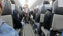 Özek Havayolu Uçağında İlk Yardım Skandalı