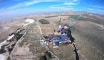 Paraşütüne bağladığı motosikletiyle, uçtu#video