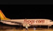 Pilot 'Yakıt Sıkıntısı' Nedeniyle Acil İniş Yapıyoruz