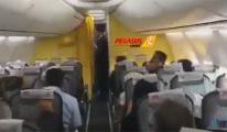 Pegasus hostesi yaşlı yolcuyu düşürdü!