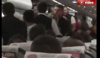 Pegasus uçaklarında arıza ve kavga bitmiyor!video