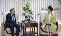 Peng Liyuan, Bill Gates ile görüştü