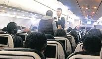 Pilot ani bir fren yaptı, Hostes yaralandı