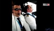 Pilot uçuşta Tik Tok videosu çekti!