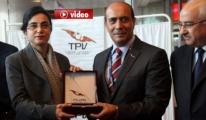 Pilotlar Ve Hostesler Terör Mağdurları İçin Kan Verdi video