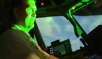 Pilotların korkulu rüyası haline gelen lazerler!