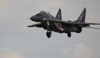 Polonya'da MiG-29 tipi savaş uçağı düştü