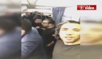 Rezalet! Pegasus Yolcuları Uçakta İsyan Etti video