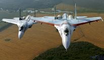 Rus savaş uçağı, Karadeniz'de ABD keşif uçağı(video)