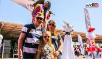 Rus turistlere, festival havasında karşılama!video