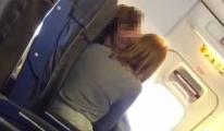 Ryanair Uçağında Seviştiler video