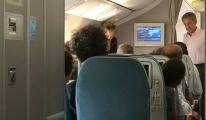 Sarkozy ve eşi ekonomi sınıfında uçtu!