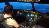 Simulator ile Atatürk Havalimanı'na iniş