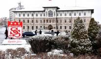 Sivas'ta kar yağışı; 10 yerleşim yerinin yolu kapandı