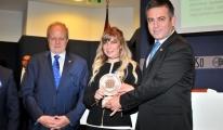 Sivil Toplum Gönüllülerine Başarı Ödülü