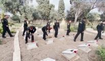 Soloturk ekibi, Malta'da Türk Şehitliğini ziyaret etti #video