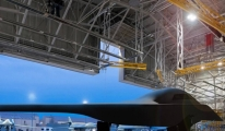 Stratejik bombardıman uçağı B-21