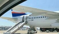 SunExpress uçağının şişme kaydırağı patladı!
