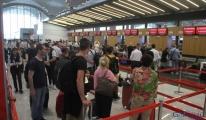 Tanzanya'ya uçanlara 'plastik poşet ve çanta yasaklandı'