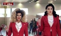 Tarihin ilk LGBT uçak seferi duyuruldu!video