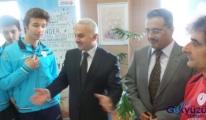 Temel Kotil'den Şampiyonlara büyük ödül