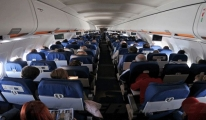 THY Uçağında 143 Yolcu Ecel Terleri Döktü