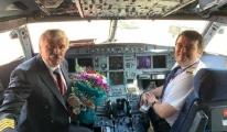 THY Kaptanı Son Uçuşunu Pilot Oğluyla Yaptı!