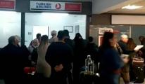 THY uçağı Ercan'da arızalandı