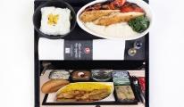 THY uçağında ailece yemekten zehirlendiler!