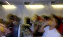 THY Uçağında Panik! Oksijen Maskeleri Açıldı