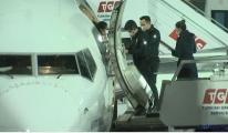 THY uçağında sigara içerken yakalandı(video)