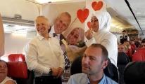 THY Uçağında Sürpriz Evlilik Teklifi...