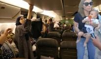 THY Uçağının Kapısı Arıza Yaptı, Yolcular Fenalaştı