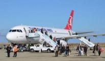 THY Uçaklarında Belinde Silah Horul Horul Uyuyor