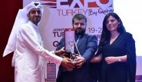 THY'ye Katarda Teşekkür Plaketi