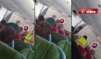 THY Yolcuları Uçak İçinde İsyan Etti! video