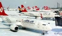 THY'den Atatürk Havalimanı'nda kar iptali!