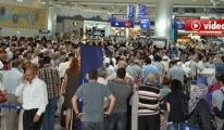 Trabzon uçağı rötar yapınca yolcular isyan etti video