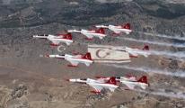 Türk Yıldızları KKTC'de kutlama törenine katılacak