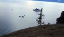 Uçak, Baykal Gölü'ne Çakıldı