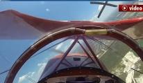 Uçak havadayken motoru durdu! video