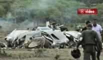 Uçak kazasında 76 kişi hayatını kaybetti