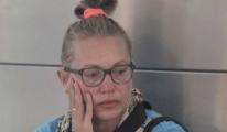 Uçakta Köpeği Öldü. Gözyaşlarına Boğuldu!